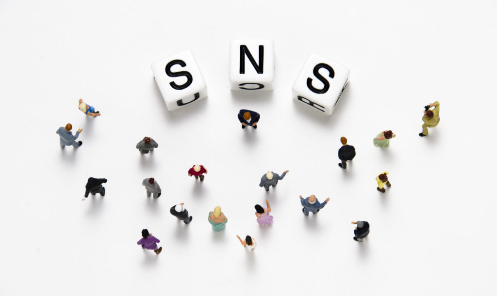 空間デザインオフィスのSNS広告活用術